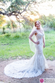 Country Rustic Boerne Texas Hill Country Cibolo Nature Center Bridal Photography Session (14)