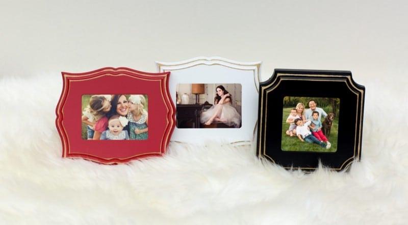 Valentine's Mini Sessions Boutique Mini-Framed Print