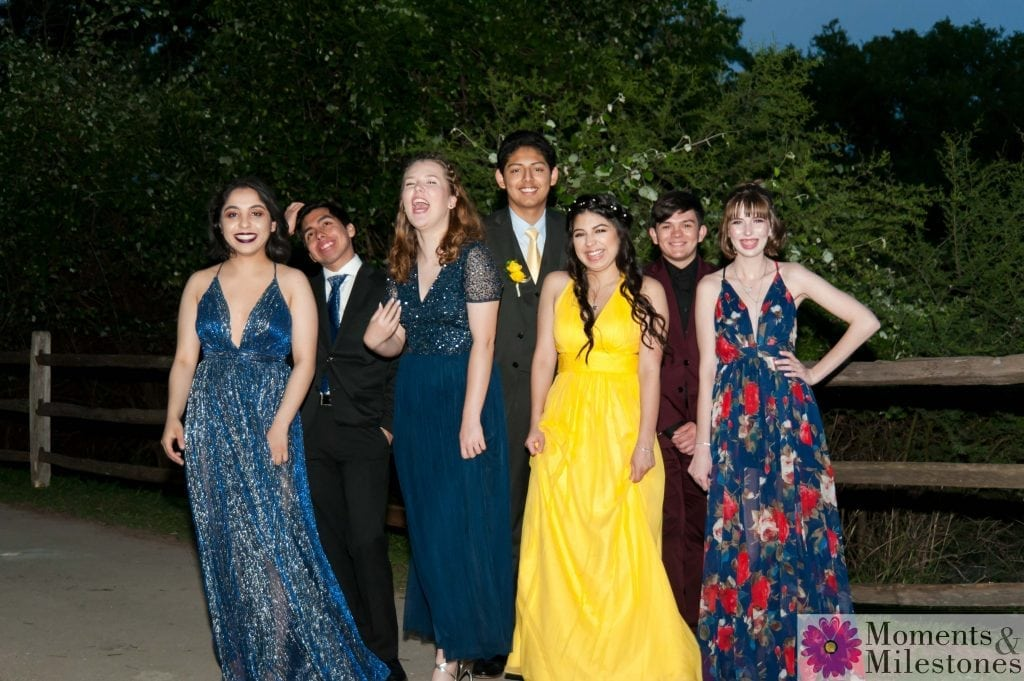 Churchill Highschool Prom Photos, Churchill Theater Prom Photography, High School Prom, Teen Group, High School Friends, Group Photos
