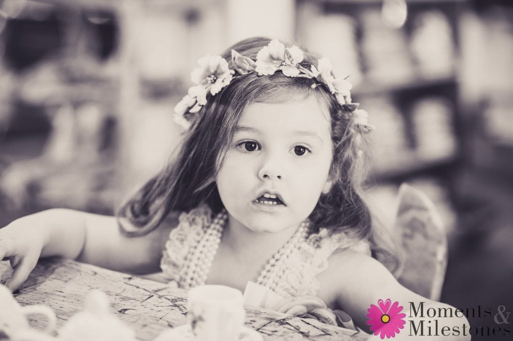 The Adorable Miss Jessa in her Vintage Photo Session